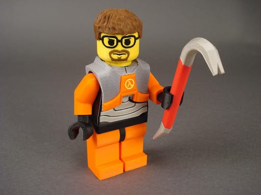 Mini-fig with 3D printed vest and tool